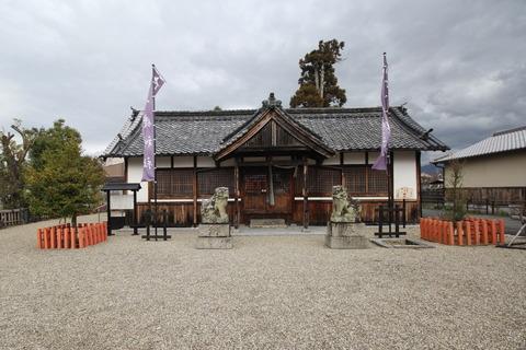 入鹿神社の拝殿