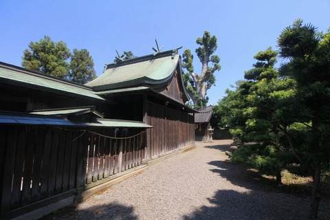 射矢止神社の本殿