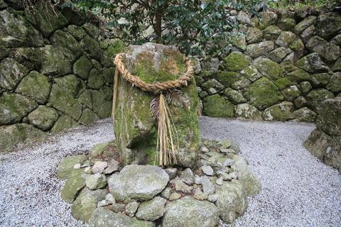 高天彦神社7土蜘蛛塚