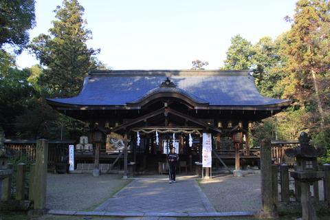 大和神社3