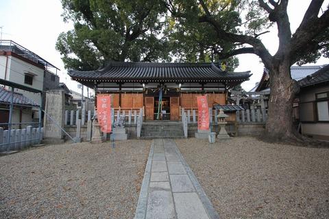 阿保神社の拝殿