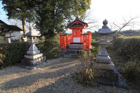 推古天皇社の社殿
