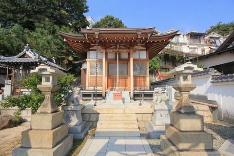 塩屋若宮神社の社殿