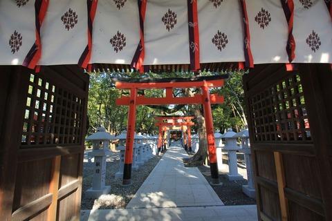 信太森葛葉稲荷神社の神門