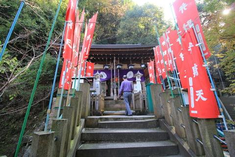 岩戸神社2拝殿
