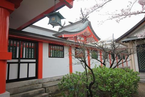 中島惣社の本殿