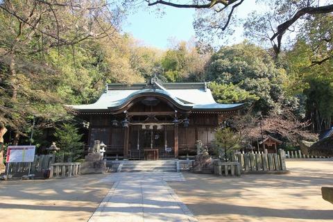 垂水神社の拝殿2