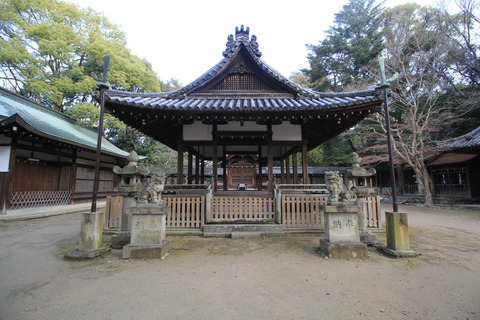 伊居太神社の拝殿
