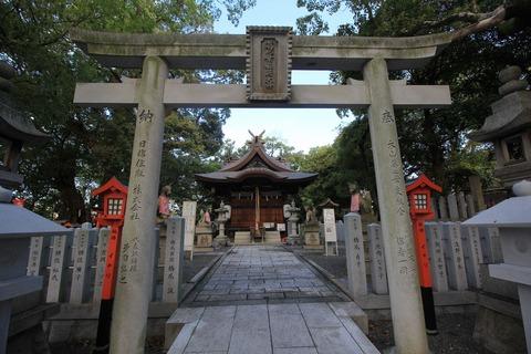 信太森神社の本殿