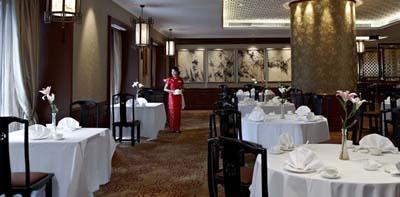 Sule-Shangri-La-Yangon-Dining-Summer-Palace
