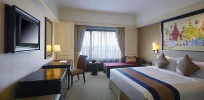 Sule-Shangri-La-Yangon-Rooms-and-Suites-Deluxe-Room