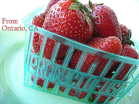 FarmersMarket_strawberry