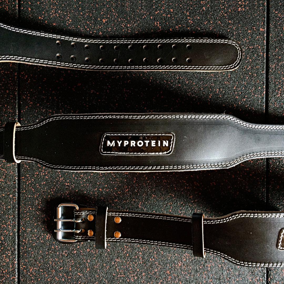 コスパ最高!?マイプロテインのレザーリフティングベルトの使用感・サイズ感を徹底レビュー!