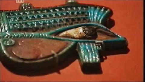 しかし何故、古代エジプト人は手間をかけてまでして死体を保護しようと考えたのだろう。