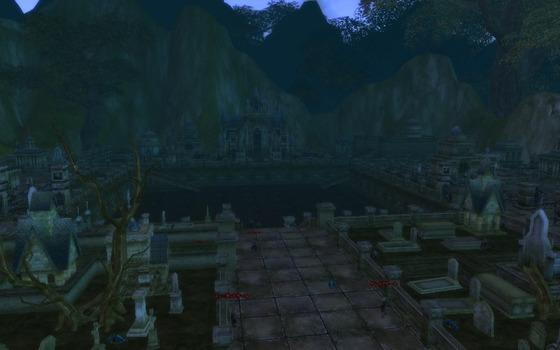 湖畔の墓苑_門の上2