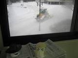 大雪警報休校休講除雪車出動