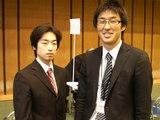 情報処理科23期卒業生山路晋弘くんと佐藤幸夫先生