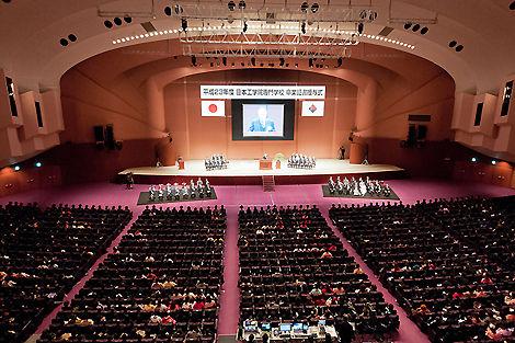 平成23年度日本工学院専門学校卒業式2