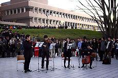 クリスマスツリー点灯式 東京工科大学