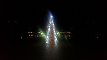 クリスマスツリー完成(夜)