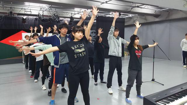 王子ダンス01