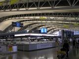 関空最上階国際線カウンター