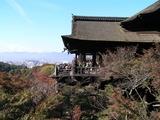 本堂と舞台と京都市内遠景1