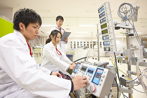 臨床工学科1年制 専門学校 日本工学院