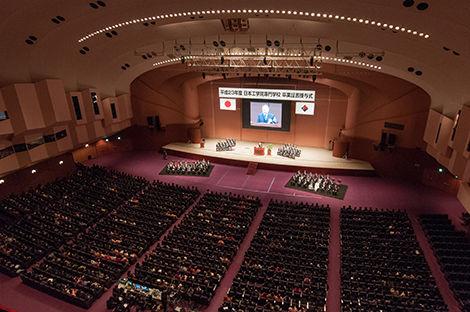 日本工学院専門学校 卒業式