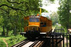 クワイ河 観光列車 昔