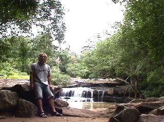 サイトーン滝
