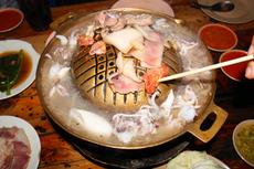 鍋 ムークラタ