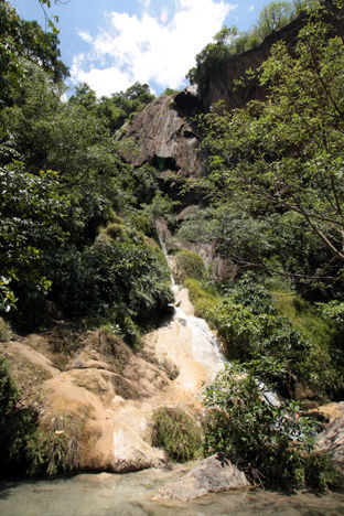 プー・パー・エーラワンの滝