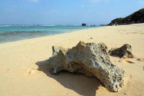 サンゴ岩 at 古宇利島