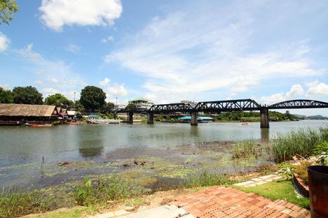 クワイ河 鉄橋
