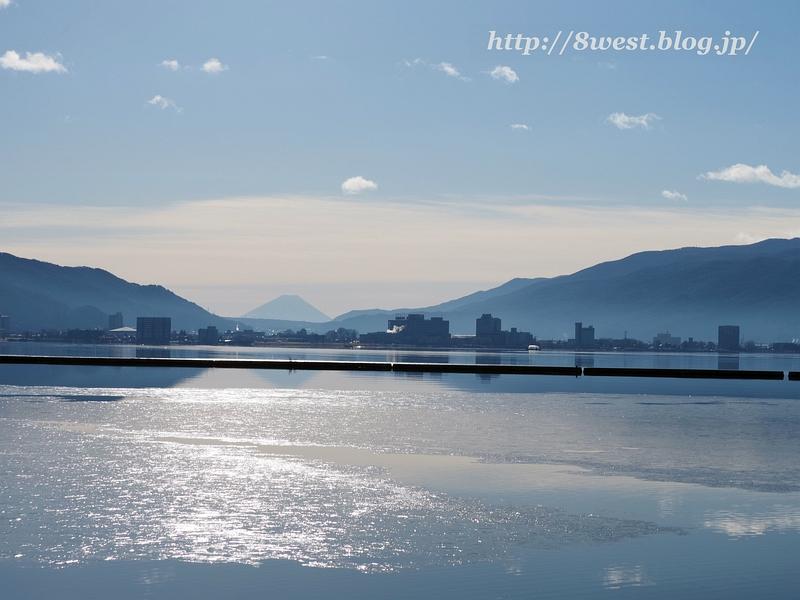 諏訪湖と富士山2