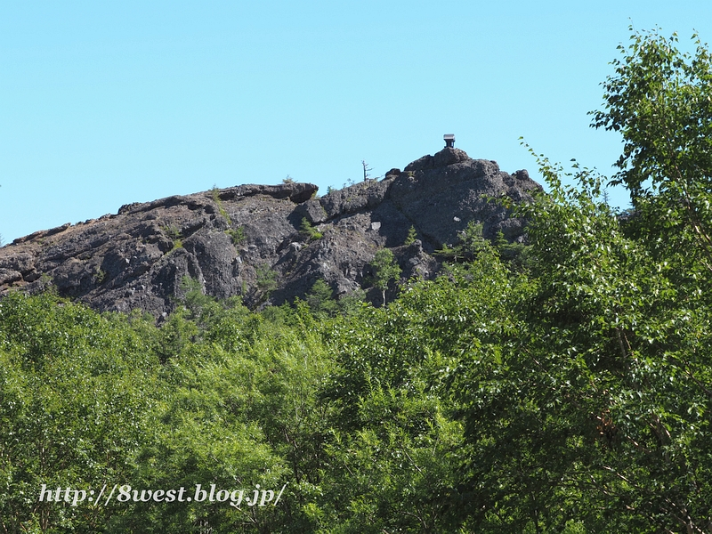 トキンの岩