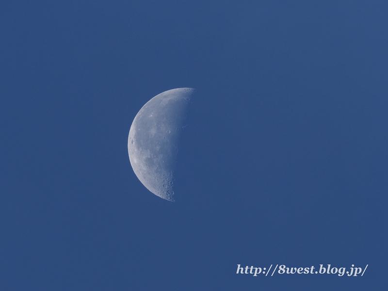 月齢22.30