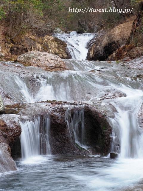 おしどり隠しの滝3