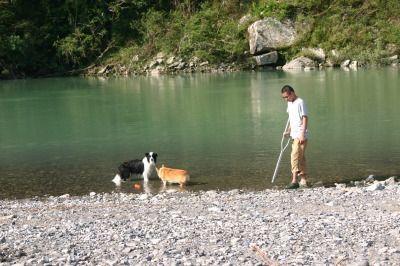 家族で熊野川 120