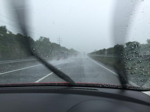 豪雨の通勤
