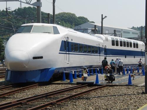 2階建て新幹線100系