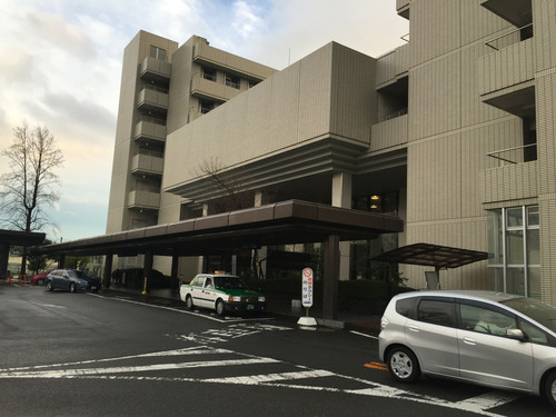 県立総合病院