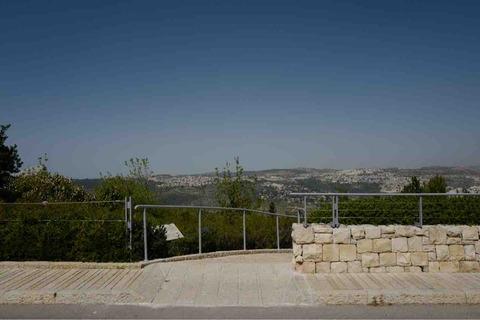 エルサレムのホロコースト記念館で杉原千畝のご子息に会った話
