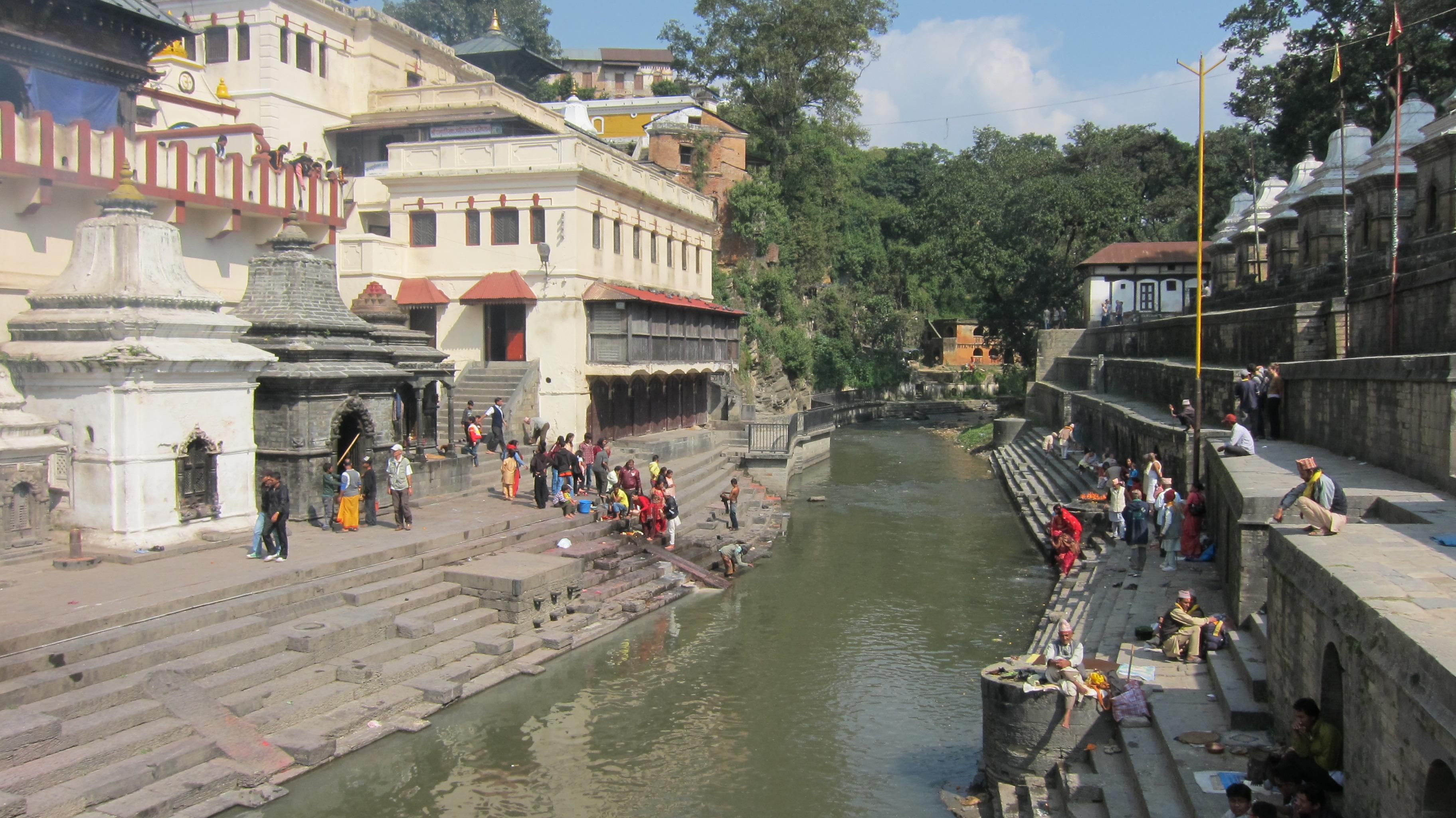 ネパール一人旅!パシュパティナ...