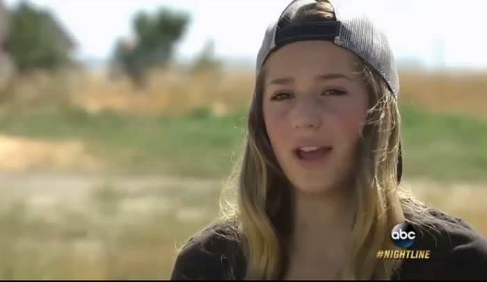 【悲報】12歳の女子がSNSに上げた画像になぜか批判が殺到....