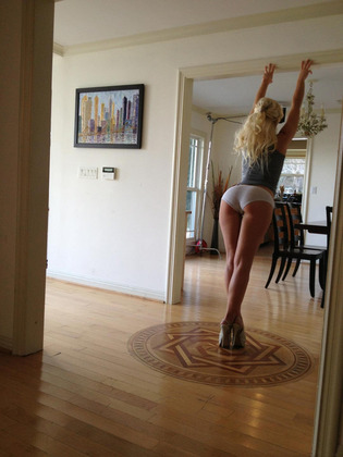 【画像】安産型美女のデカ尻の破壊力w.wwwwwwwwwwwwww
