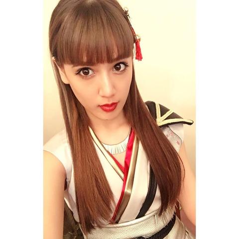 ロングヘアの藤井夏恋