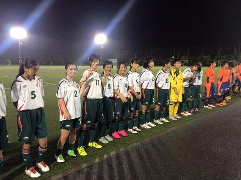 FCシュロス松本とシュヴェスターの選手達