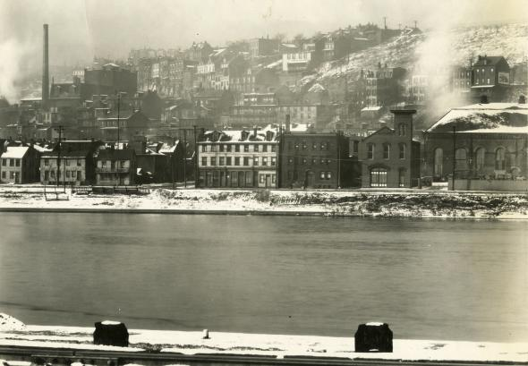 pittsburgh-hill-district-1935-from-the-river
